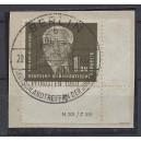 Mi. Nr. 255 a im Eckrand rechts unten mit Druckvermerk auf Briefstück zentrisch gestempelt.